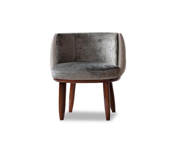 1730 chaise de Tecni Nova | Chaises