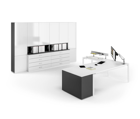 Solos table system by Assmann Büromöbel | Contract tables