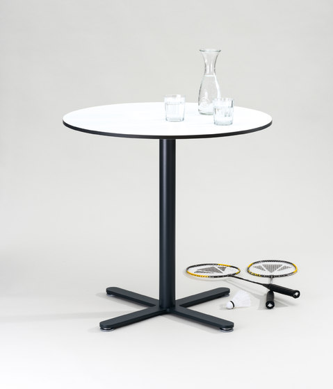 FIX_UP_ESTERNO by FORMvorRAT | Dining tables