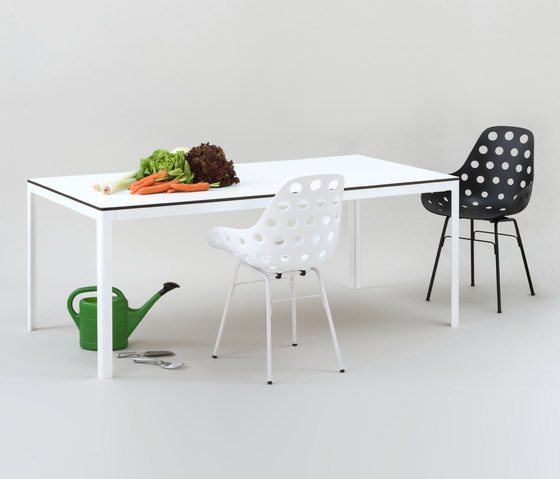 TYPE_ESTERNO by FORMvorRAT | Dining tables