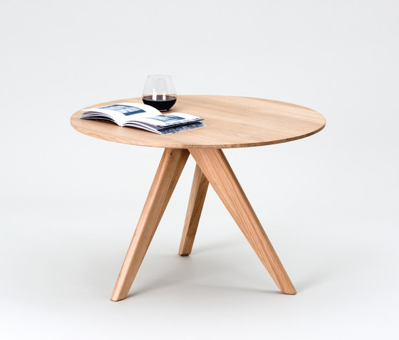 FLAT by FORMvorRAT | Side tables