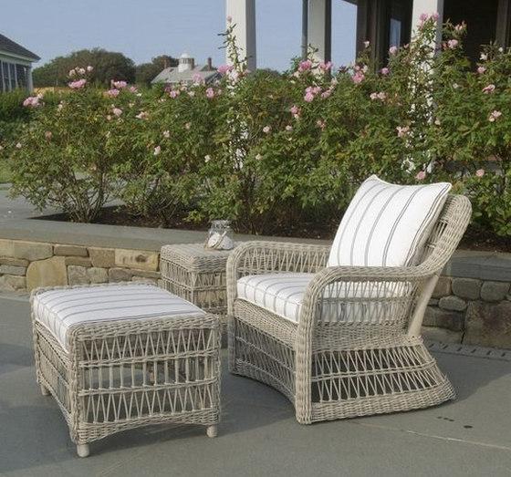 Southampton Lounge Chair + Ottoman de Kingsley Bate | Sillones