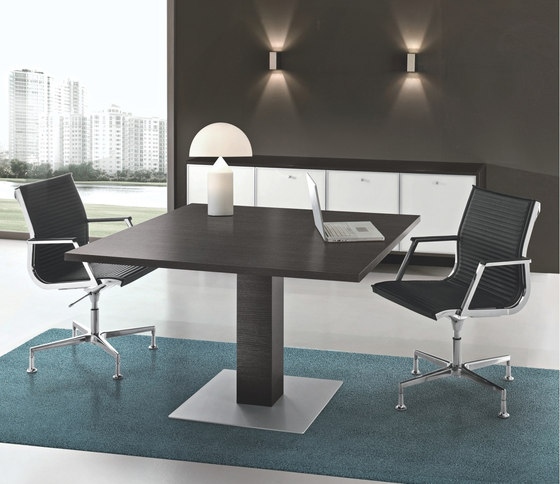 Jet by Bralco | Contract tables