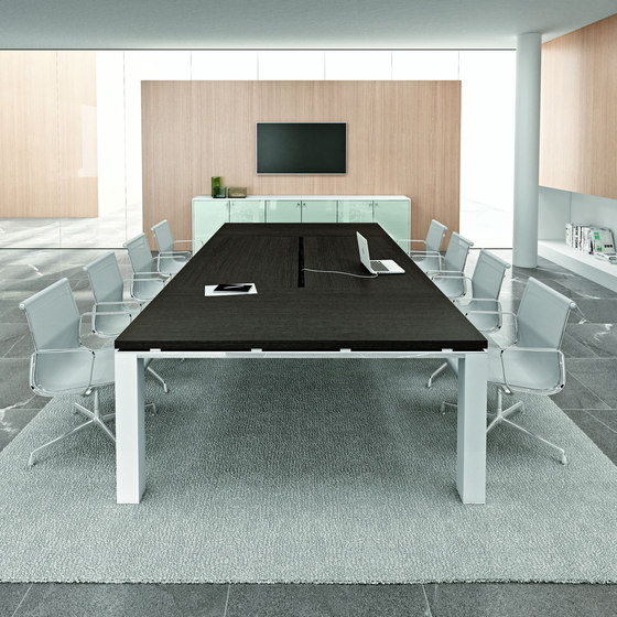 Jet Evo by Bralco | Contract tables