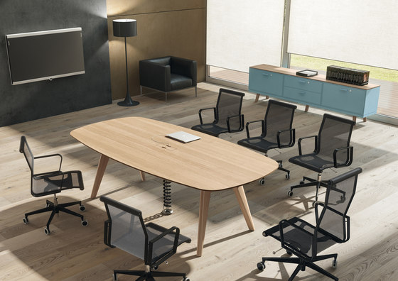 Rail by Bralco | Contract tables