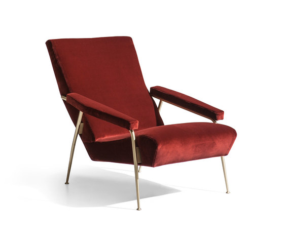 D.153.1 Armchair by Molteni & C   Armchairs