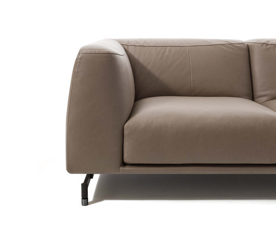 St. Germain by DITRE ITALIA | Sofas