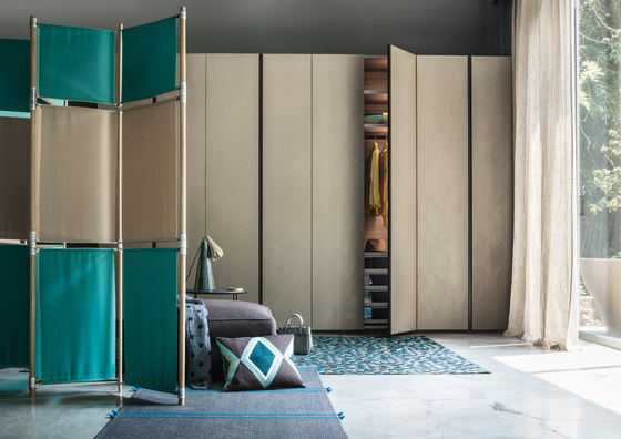 Armadio Text | Hinged door by LEMA | Cabinets