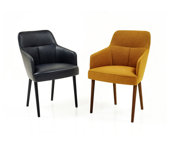 Mono Stuhl von Wittmann | Besucherstühle