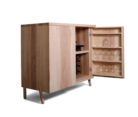 Vinko Wine Cabinet di Zanat | Armadi