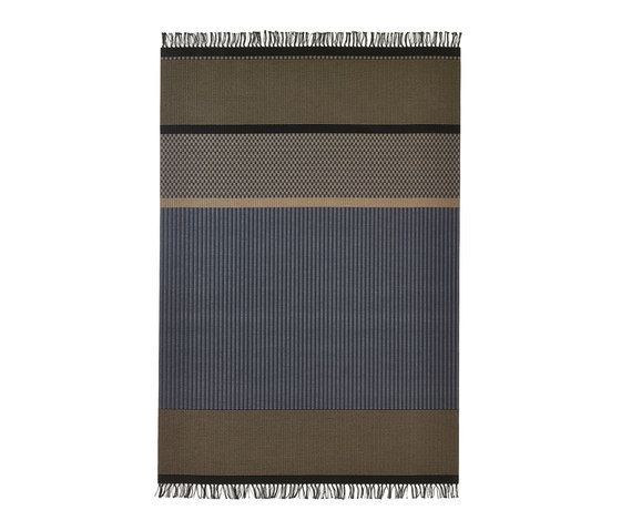 San Francisco paper yarn carpet   dark blue-nutria von Woodnotes   Formatteppiche