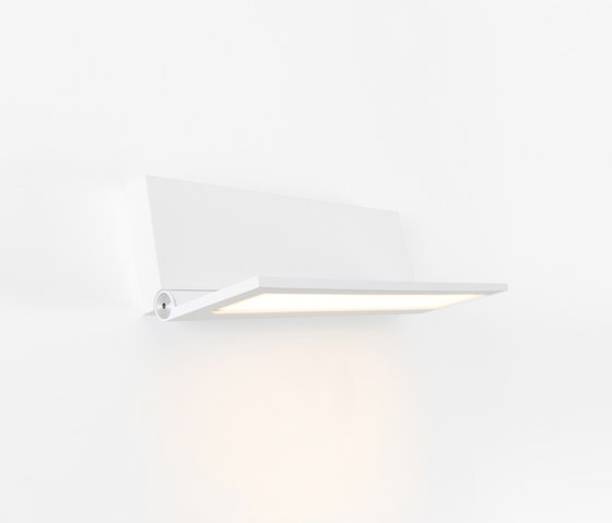 Wollet OLED GI by Modular Lighting Instruments   Wall lights