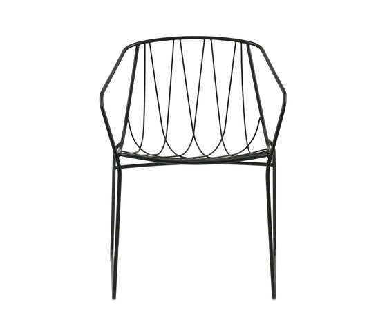 Chee Chair with Arms by SP01 | Chairs