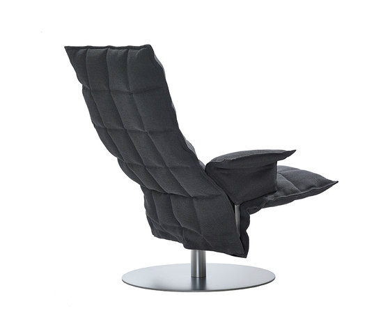 k Chair | with Armrests | Swivel von Woodnotes | Sessel
