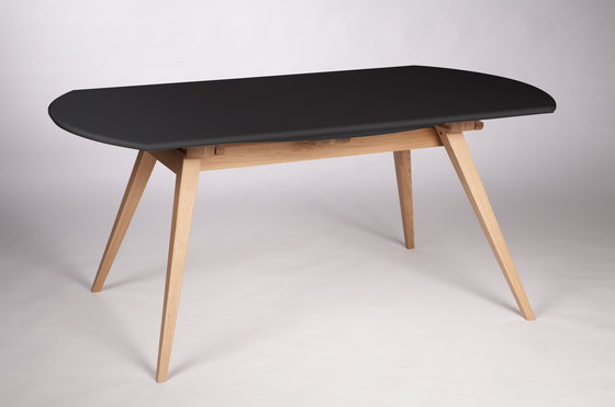 4 Seconds | 170 Carbon Black by MMooD | Dining tables