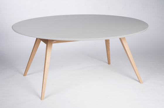 4 Seconds | 170 Light Grey by MMooD | Dining tables
