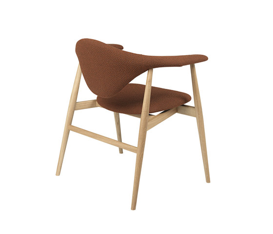 Masculo Chair – wood base de GUBI | Sillas