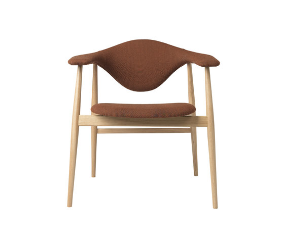 Masculo Chair – wood base de GUBI | Sillas de visita