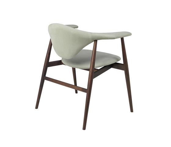 Masculo Chair – wood base de GUBI | Sillas de visita