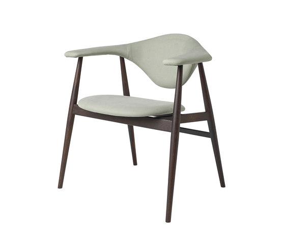 Masculo Chair – wood base di GUBI | Sedie visitatori