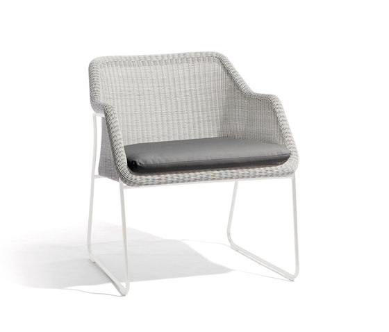 Mood 1 seat by Manutti | Armchairs