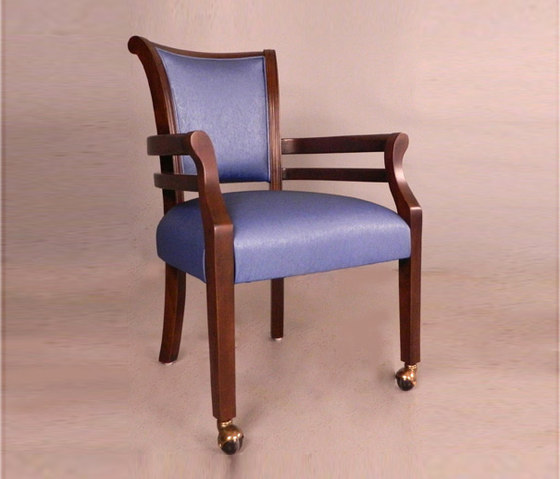 Wood Dining Chair with Armrest de BK Barrit | Sillas