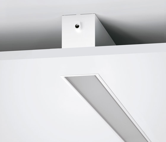 Outline_MF de Linea Light Group | Plafonniers encastrés