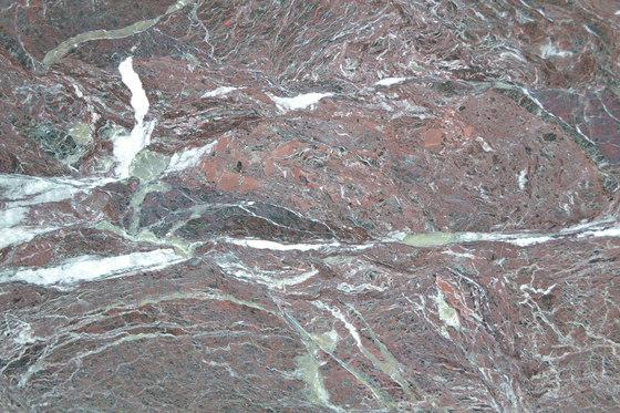 Material Rosso Levante de Van den Weghe | Planchas de piedra natural