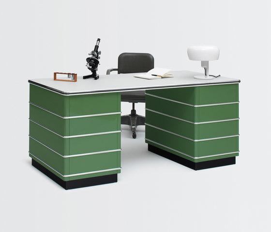 Classic Line TB 229 Desk de Müller Möbelfabrikation | Bureaux