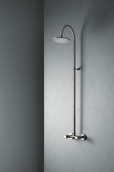 Ono | Wall mounted shower tap by Quadro | Shower controls