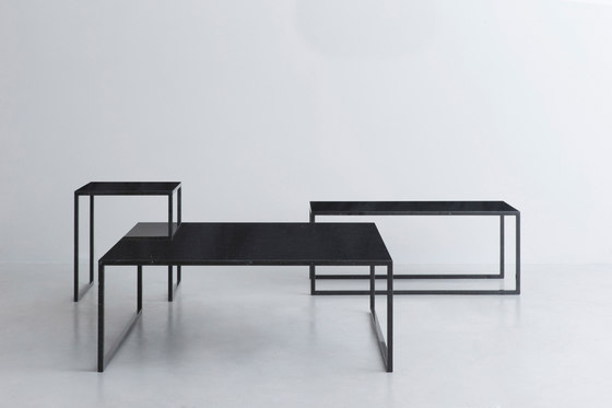 BK | table black de INTERIORS inc. | Mesas de centro