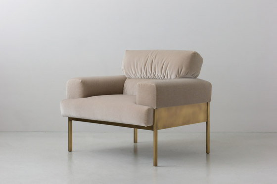 SUKI | armchair by By interiors inc. | Armchairs