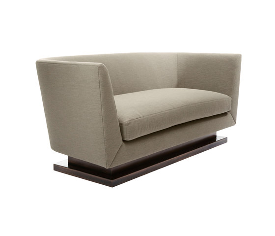 James Sofa di Douglas Design Studio | Divani