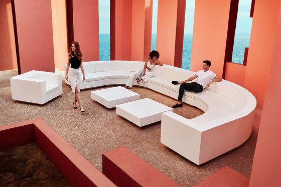 Vela sofa von Vondom | Gartensofas