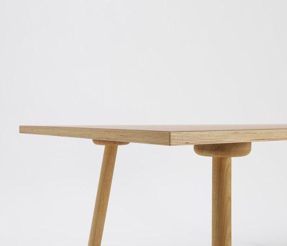 MT2 Oak linoleum table de Faust Linoleum | Mesas para cafeterías