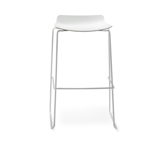 nooi bar chair by Wiesner-Hager | Bar stools