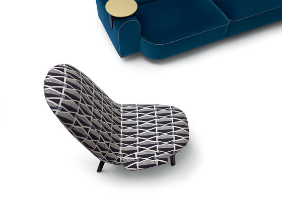 Leafo Armchair by ARFLEX | Lounge chairs