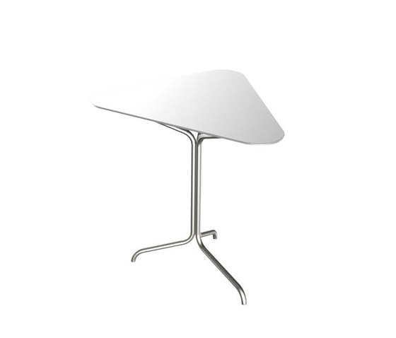Accessories | Triangle Side Table Low di Viteo | Tavolini alti