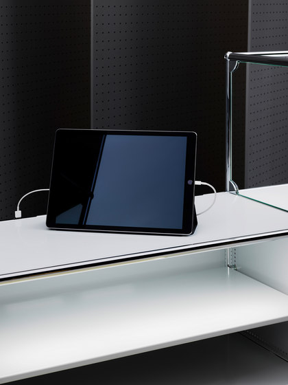 USM Haller E by USM | Display stands