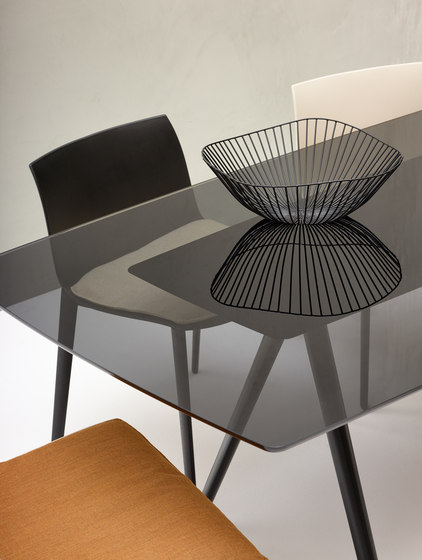 Meety by Arper | Dining tables