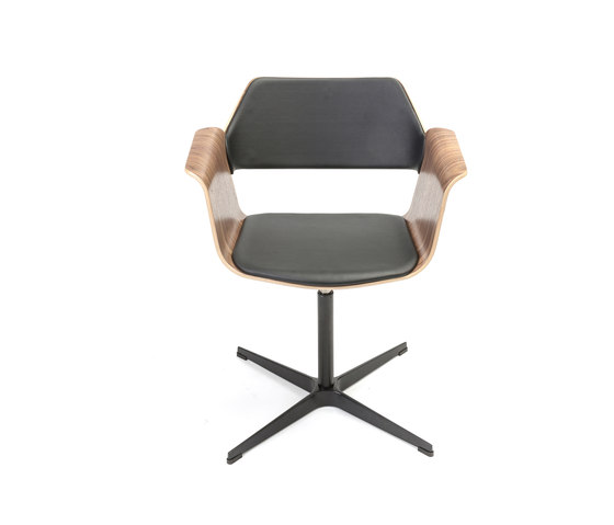 Flagship Swivel chair by PlyDesign   Chairs