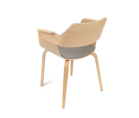 Flagship Arm chair by PlyDesign | Restaurant chairs