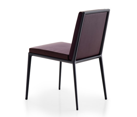 Caratos Chair by Maxalto | Chairs