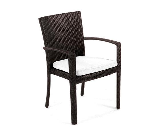 Senna Dining Chair With Arms de Kannoa   Sillas