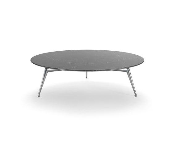 Este by Flexform | Lounge tables