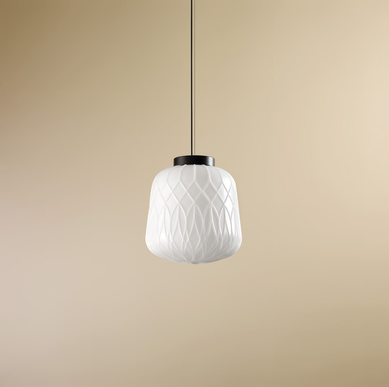 Flotte | C by Luxxbox | Suspended lights