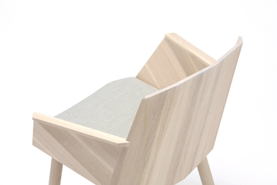 Colour Wood Chair de Karimoku New Standard | Sillas