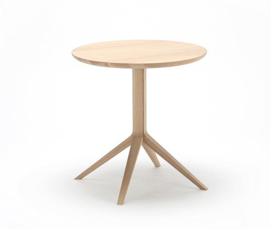 Scout Bistro Table di Karimoku New Standard | Tavoli bistrò