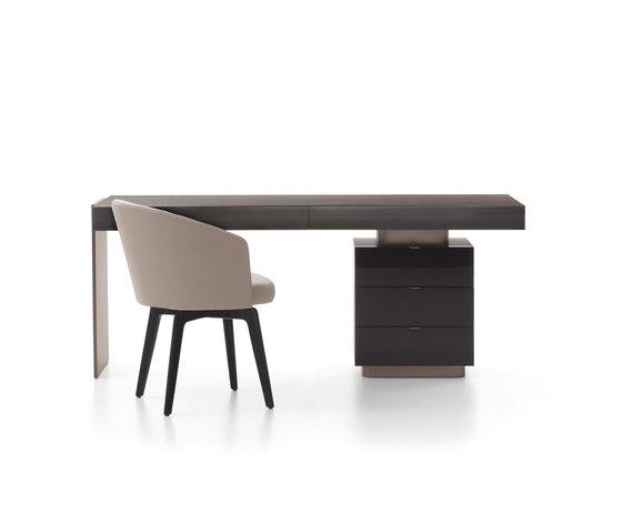 Carson Schreibtisch von Minotti | Schreibtische