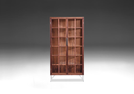 ak 2780 vitrine display cabinets from naver collection architonic. Black Bedroom Furniture Sets. Home Design Ideas